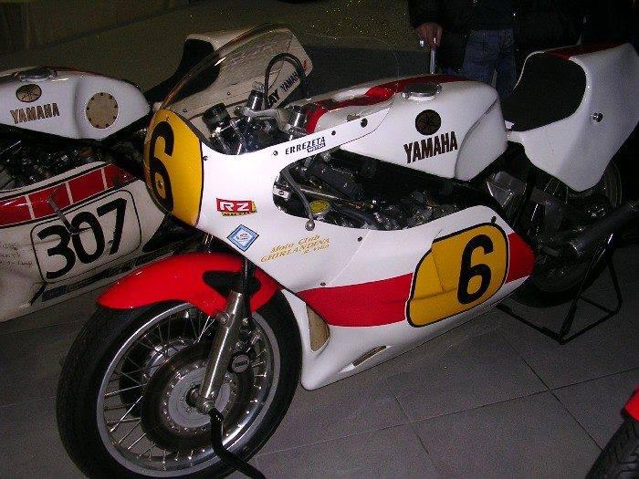 Yamaha - 35